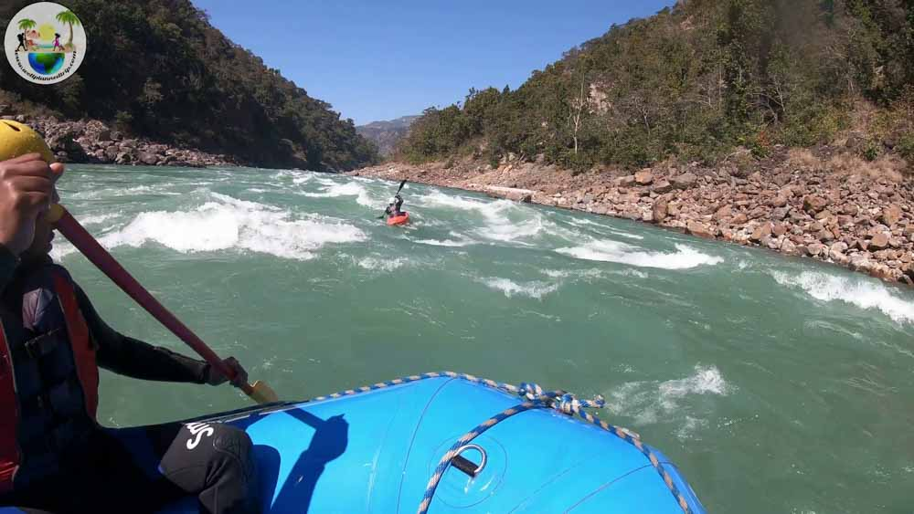 rishikesh river rafing and kayaking