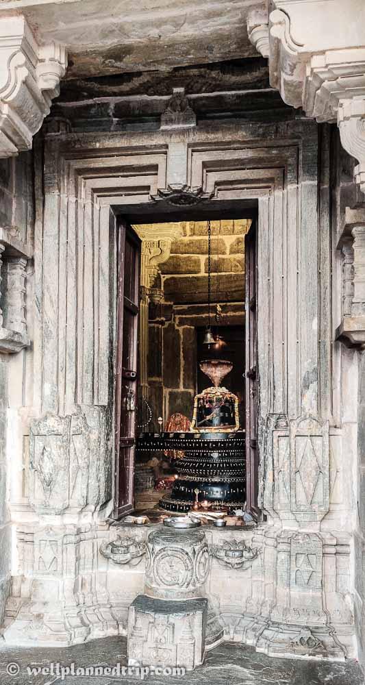 Shiva Linga in Shiva temple near Kumbhalgarh fort, Rajasthan