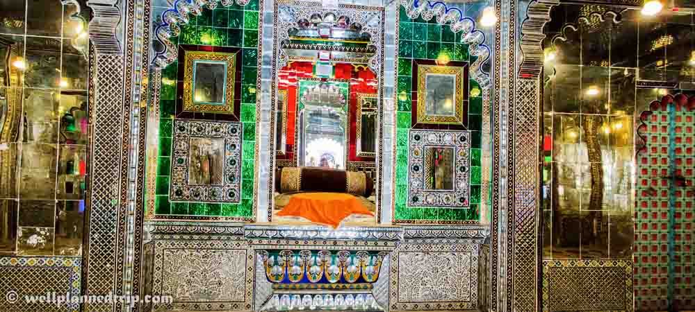 Rooms decorated with glass, City palace, udaipur, Rajasthan